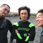 インタビューにプロサーファーDJ、「佐藤千尋」が登場